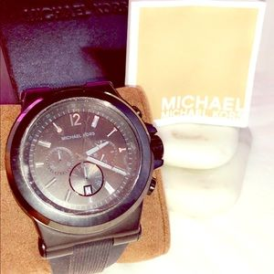 Micheal Kors Almost New Dylan Black StainlessWatch